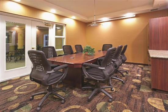 La Quinta Inn & Suites Albuquerque Midtown: Meeting Room