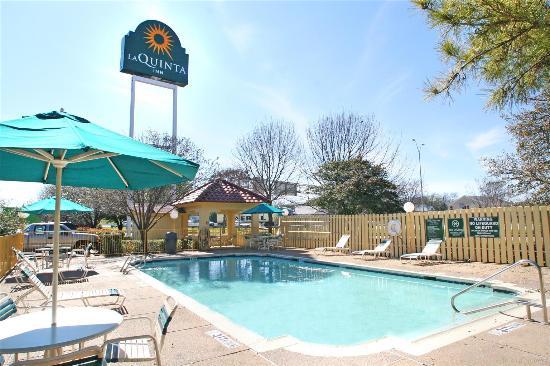 La Quinta Inn Waco University: Pool