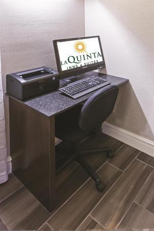 La Quinta Inn Wichita Falls Event Center North: Business Center