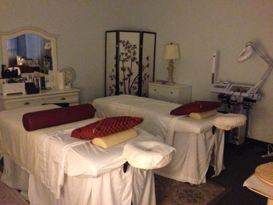 Бетесда, Мэриленд: Enjoy a couples massage