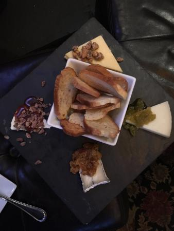 SMOKE. on Cherry St.: Cheese Plate