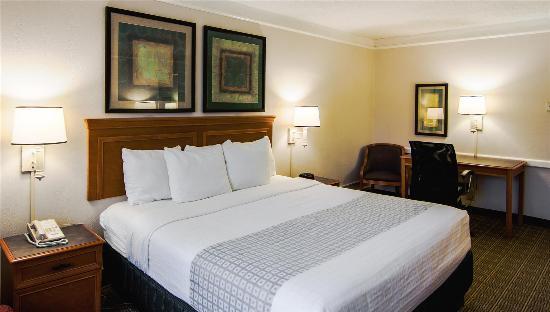 La Quinta Inn Lexington: Guest Room