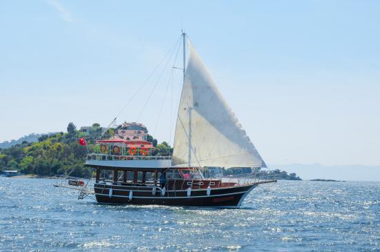 Sergen K Boat