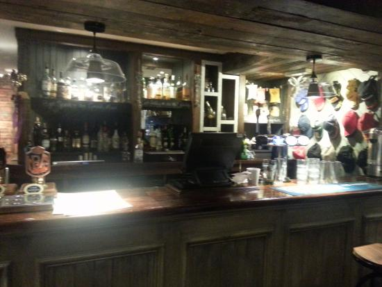 The Green Man Inn: Bar area