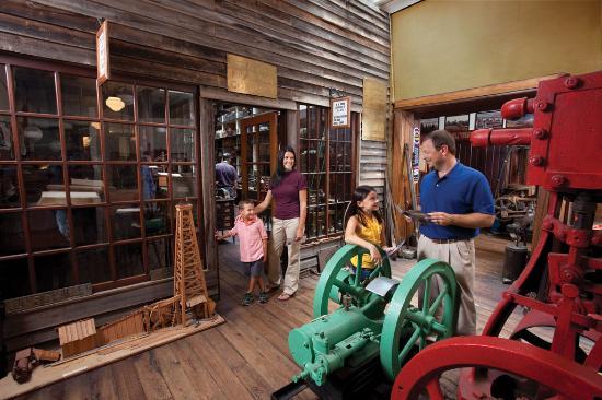 Parkersburg, WV: Oil & Gas Museum