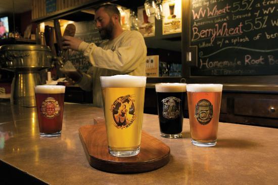 Parkersburg, WV: North End Tavern & Brewery