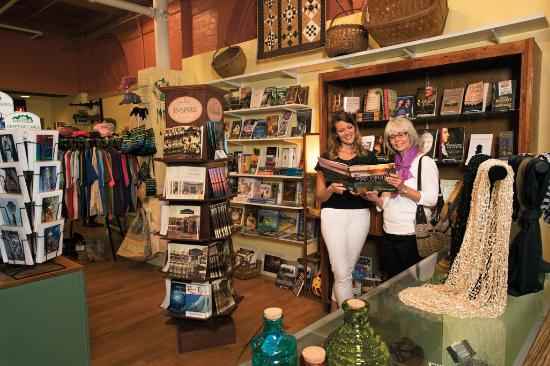 Blennerhassett Museum Gift Shop - Picture of Parkersburg, West ...