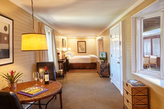 Napa Valley Railway Inn: Railcar King Bed Room