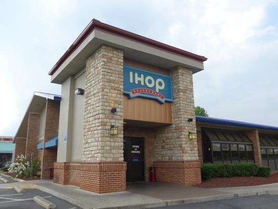 Are you looking for IHOP Locations across the States? Below you can easily search for all IHOP restaurant locations and hours by state or by major city. Simply click the state or city you are searching in and we display all the IHOP opening hours and locations.