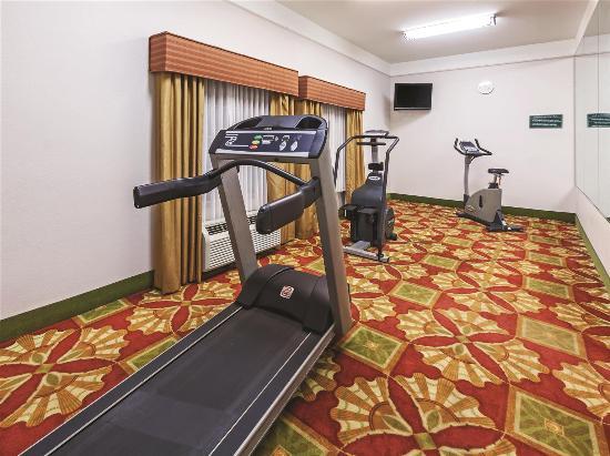 Winnie, TX: Fitness Center