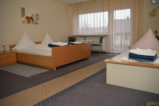Petersaurach, Deutschland: Zimmer