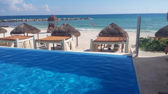 Krystal Grand Punta Cancun Hotel