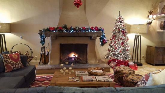 Lobby Area At Christmas Picture Of Hilton Santa Fe Historic Plaza Tripadvisor