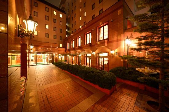 โรงแรมเอซโมริโอะกะ