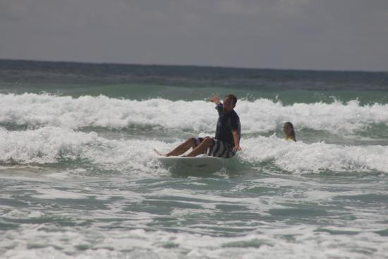 Lucero Surf Retreats: Having fun while falling
