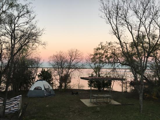 Tent camping cedar hill state park joe pool lake picture for Lake cabin rentals near dallas