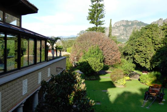 La Buena Vibra Retreat & Spa: Yoga Studio from our balcony