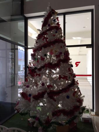 Red Planet Hat Yai: Christmas deco is up