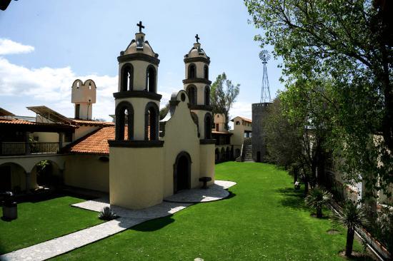 Hacienda Tepetlcalli Hotel Museo & Spa 1870: Capilla y Jardín