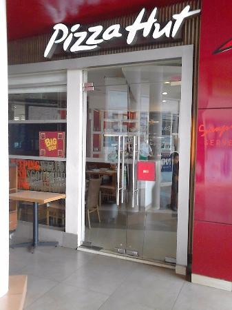 Pizza Hut - Graha Cijantung