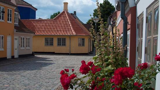 Hans Christian Andersen Museum: H.C. Andersens Hus set fra Hans Jensens Stræde