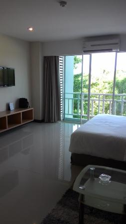 Golden City Rayong Hotel: Bedroom view