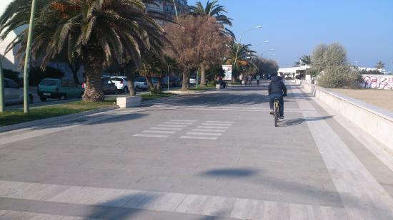 Province of Pescara, Italien: pista ciclabile