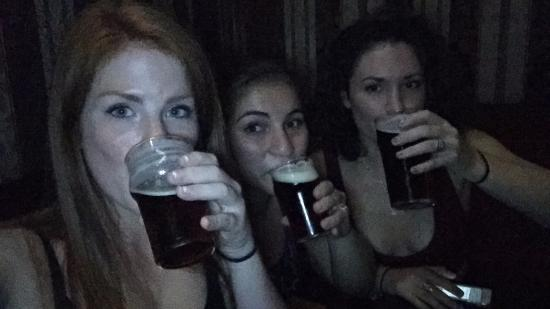 Kikuya Pub : Drinking Dragoons
