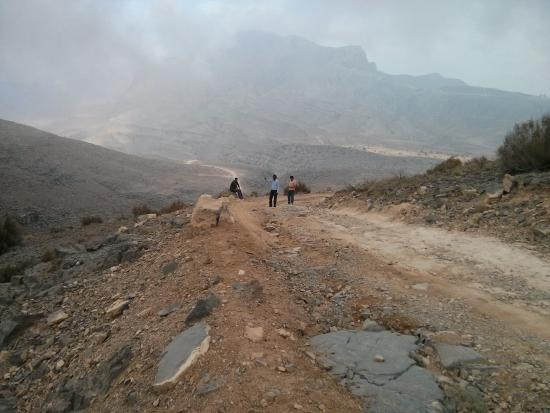 Hajjar Mountains : This is what the track is like...