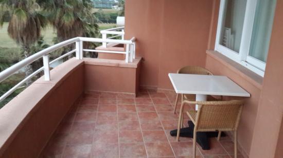 Sunway Playa Golf Hotel & Spa Sitges: Балкон номера на двоих