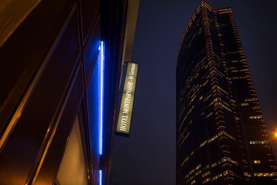 Hotel Montparnasse Saint-Germain: Tour Montparnasse