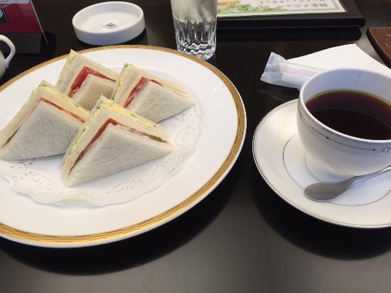 ラウンジ リバーヘッド ホテルグランヴィア大阪, サンドイッチセット