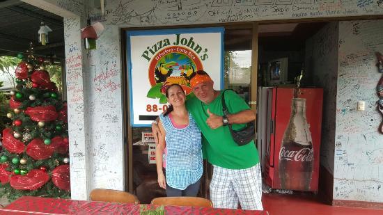 Pizza John's Jardin Escondido Photo