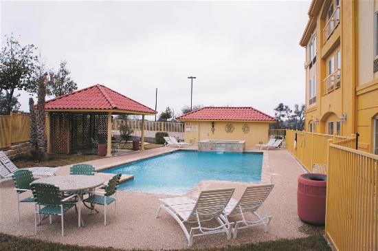 La Quinta Inn & Suites Fredericksburg: Pool