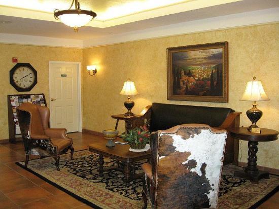 La Quinta Inn & Suites Fredericksburg: Lobby