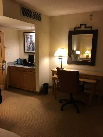 Boulder Marriott: Work area