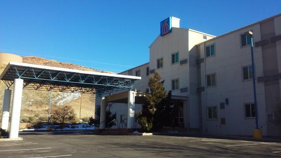 Motel 6 Moab : Enjoy the off season low prices!
