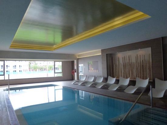 INDOOR POOL - Bild von Hotel Riu Palace Tenerife, Adeje - TripAdvisor