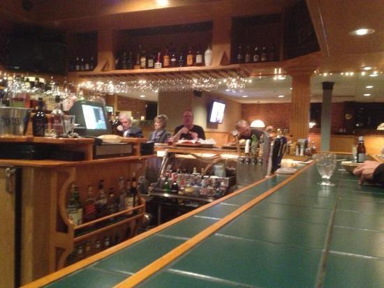 Finn's Tap Room and Party House : Mickey Finn's - bar area