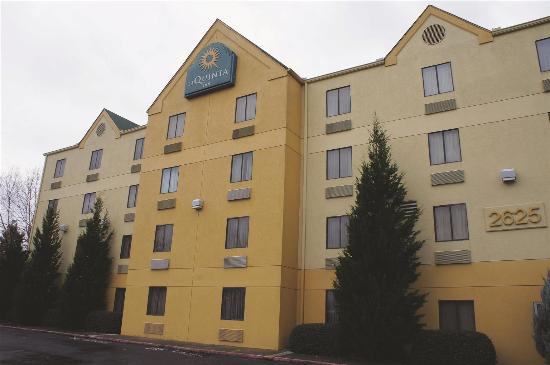 Photo of La Quinta Inn Kennesaw