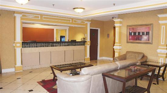 La Quinta Inn Kennesaw: Lobby