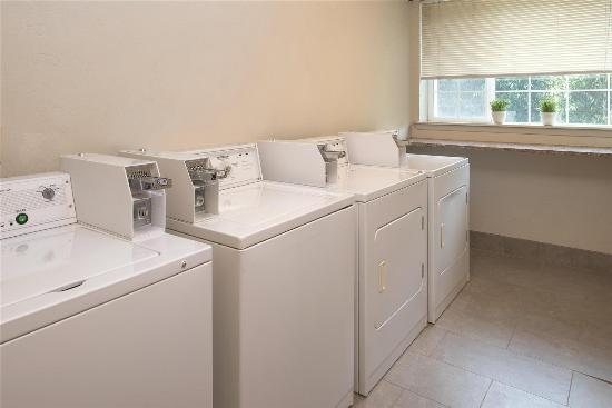 Wilsonville, OR: Guest Laundry