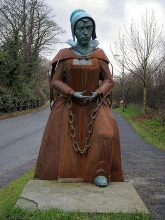 The Alice Nutter sculpture