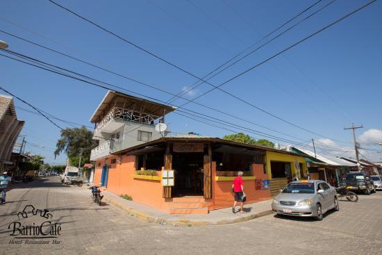 바리오 카페 호텔