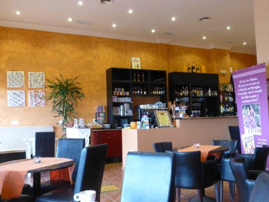 Restaurante miel en manilva con cocina otras cocinas for Cocinas europeas