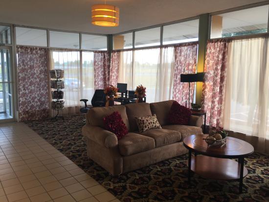 Wingfield Inn: Lobby