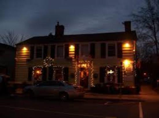 Olde Angel Inn Hotel and Restaurant: Spend the Winter with us!