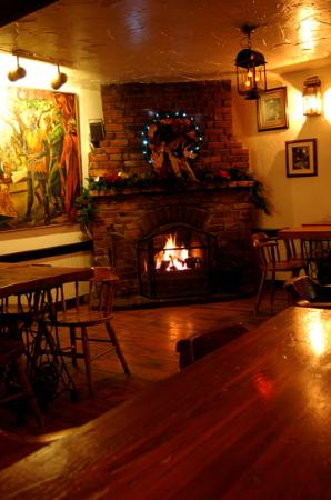 Olde Angel Inn Hotel and Restaurant: Warm up with one of our 3 fireplaces