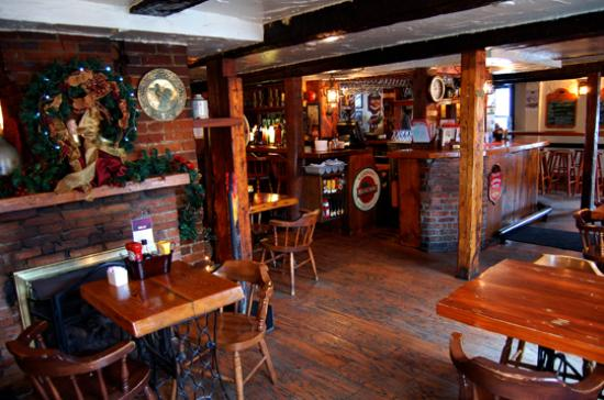 Olde Angel Inn Hotel and Restaurant: Sit in our cozy Pub area