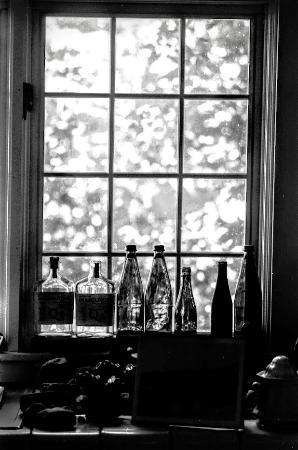 Γιάρμουθ Πορτ, Μασαχουσέτη: Edward Gorey House Interior Window